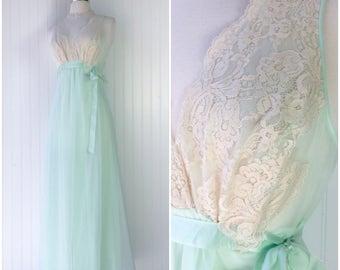 mint green ultra sheer nylon chiffon peignor nightgown / ivory lace / empire waist / ribbon bow / vtg 50s pinup boudoir lingerie