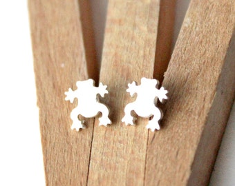 Tiny Sterling Silver Frog Post Earrings - Handcrafted Silver Jewelry - Silver Earrings - Silver Stud Earrings