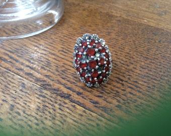 Vintage garnet and Marcasite cluster ring-size 7.5