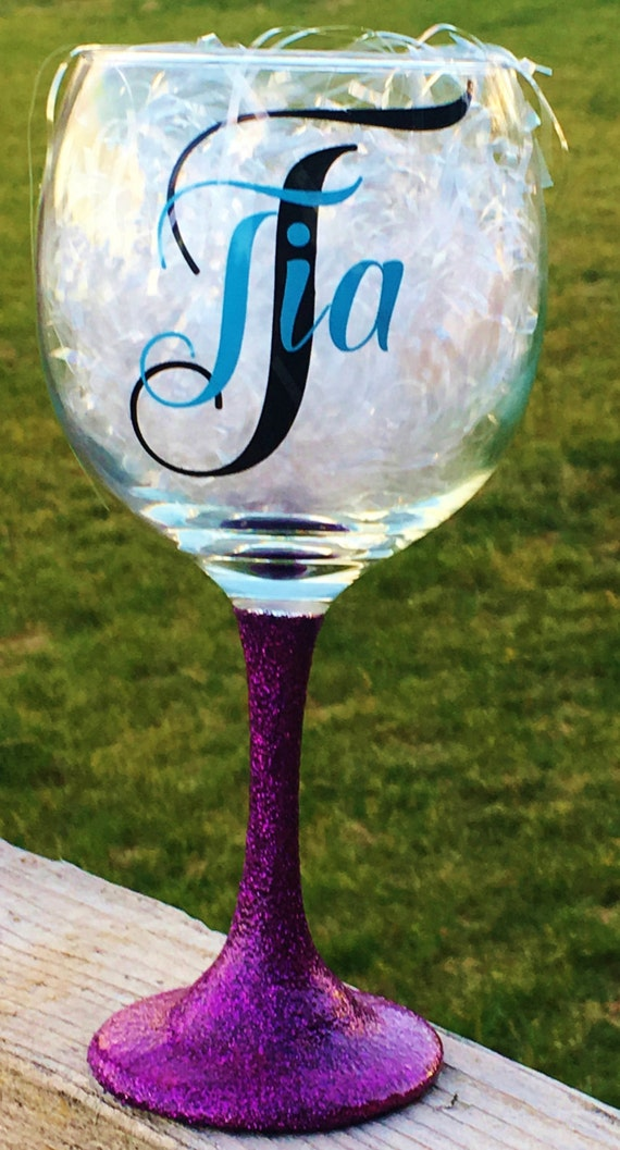 Personalized Wine Glass, Customized Wine Glass, Monogrammed Wine Glass, Name Wine Glass, Bridal, Bachelorette, Birthday Gift