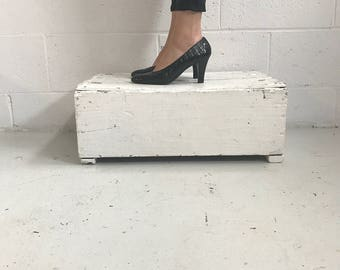 Black YSL Shiny Leather Pumps · Yves Saint Laurent Shoes · YSL Heels · Vintage YSL Shoes · Black Heels Shoes · Black Leather Heels · 8.5