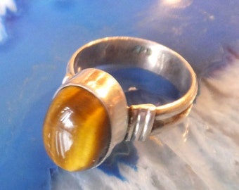 Tigers Eye and Sterling Silver Ring.... size 7.5 only!