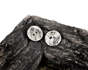 Metal Buttons 16mm, Round Buttons, 2 holes, Antiqued Silver tone, 6 pieces