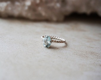 Rare Genuine Natural (Not Heated) Light Blue Aquamarine Oval Shape 8 x 6 mm - Silver or Gold Twisted Rope Band Ring - Fleur de lis Setting