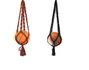 Basketball mom Hanging storage Basketball gift Soccer mom Kids playroom Modern macrame Macrame gift Sports gift Father's day basketball gift
