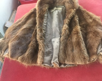 Vintage Annis 1940-1950's Mink Stole Fur cape made for the Globe Store