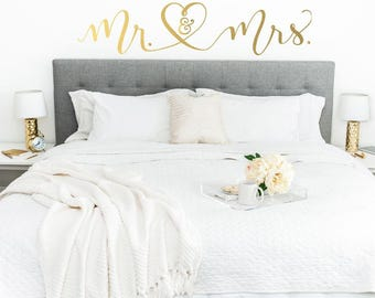 Mr and Mrs Wall Decor - Married Decal - Mister and Misses - Couple Wall Decor - Master Bedroom Decor - Wedding Gift - Mr and Mrs Wall Decal