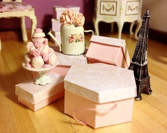 MINIATURE PINK HATBOX- 1/12 scale, pretty pink hexagon, handmade hatbox