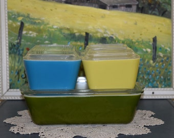 Pyrex Primary Refrigerator Dishes, Green, Blue and Yellow