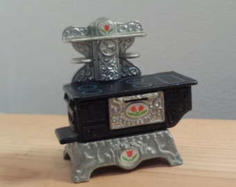 The Littles Toy Stove by Mattel, 1980s Cast Iron Toy Doll Oven