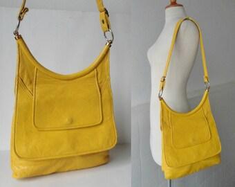 Yellow 60s Vintage Vegan Shoulder Bag // Boxca // Made In Denmark