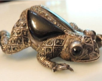 Sterling Silver Vintage Jewelry Onyx Marcasite Frog Brooch