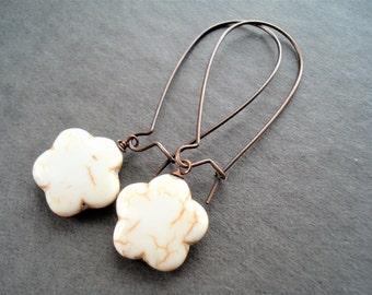 Flower Earrings Gemstone Jewelry Vintage Style Copper Earrings Boho Jewelry Coral Earrings Floral Jewelry Turquoise Earrings Beige Jewelry