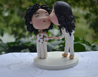 Couple kissing on the cheek. Wedding cake topper. Mrs & Mrs. Two brides - Gay Wedding. Handmade. Fully customizable.