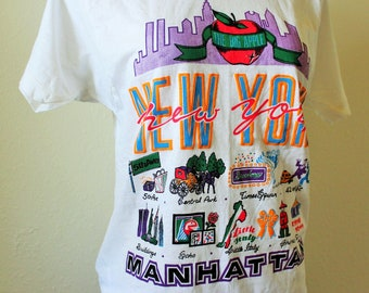 SALE-RARE  80s Vtg Manhattan T/ Twin Towers/Fits Close to: S/M-Med/Screen Stars Brand
