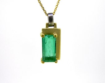 18k Two-Tone Satin Finished Emerald Pendant Necklace