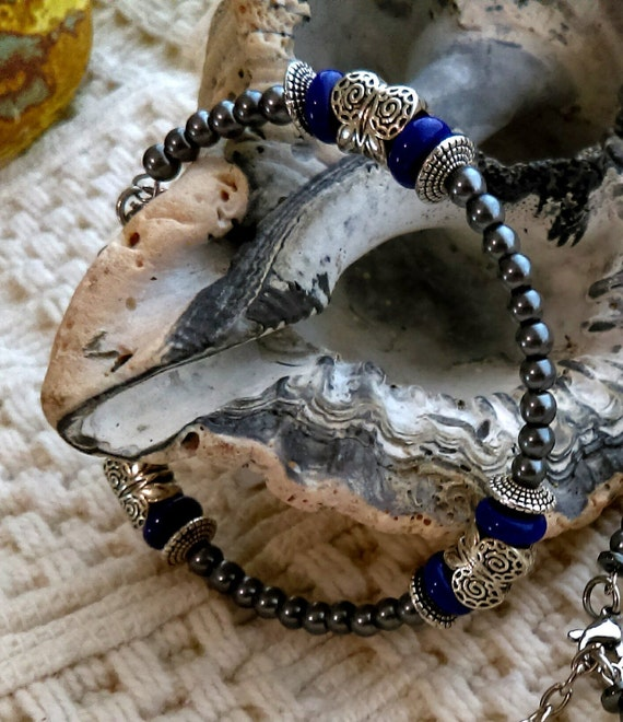 Handmade Beaded Bracelet Memory Wire Tibetan Silver Butterfly Beads Blue Glass Beads Stainless Chain Feather
