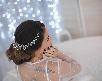 Bridal headpiece, crystal bridal hair piece, bridal hair vine, wedding hair vine, crystal and pearl bridal headpiece, bridal hair halo