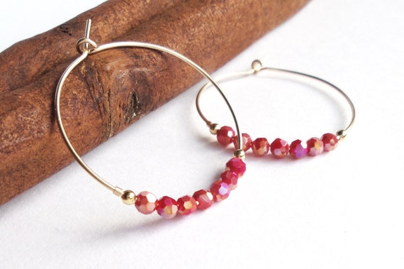 Creoles and crystals to magenta and Golden reflections red faceted beads many glow rings tackles of quality GOLD fine minimalist