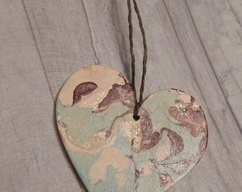 Wooden Mint Choc Chip Hanging Heart