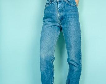 Lee Jeans Sz 28 / high waist / straight leg / vintage blue denim