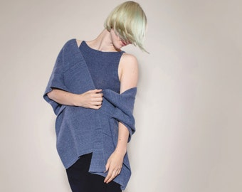 Twinset cashmere hand knitted vonHirschhausen, blue Cardigan and shell, sustainable fashion, hand knitted, bio