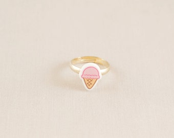 Acrylic ring - Ice cream