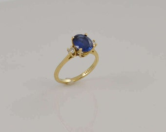 14k Yellow Gold Blue And White Gemstones Ring Size 8