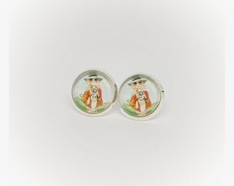 Cabochon earrings 12 mm, girl with camera - colorful, trendy, gift, gifts, Valentine's day, birthday, Easter