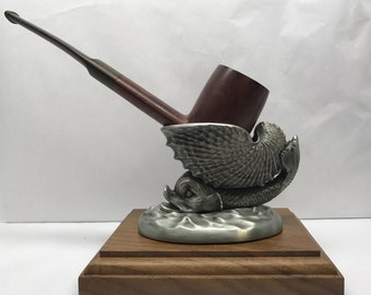 Mythical Fish With Shell Tobacco Pipe Stand