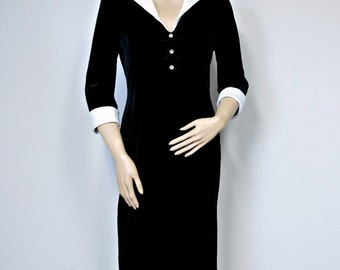 Black Velvet Dress Vintage Holiday New Year's Eve Evening Dress Tailored Classic Fitted Dress Size 8