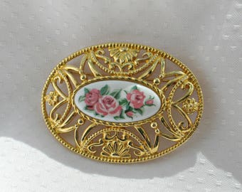 Signed Brooch Porcelain Lace Vintage 90s Avon Costume Jewelry