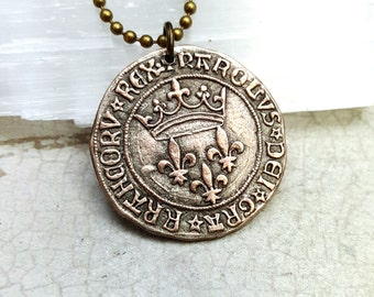 French necklace. Crown necklace. France jeton. France souvenir. Vintage French coin token. Reproduction Charles VII fleurs-de-lis coin