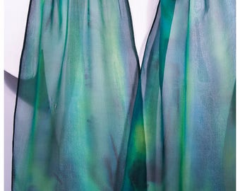 "Hand painted silk scarf. Tree Frog Silk Scarf. 11""x60"". Green silk scarf. Handpainted silk scarves. Silk scarf handpaint. Painted silk scarf"