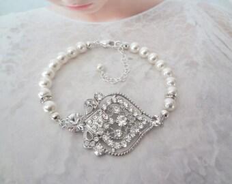 Pearl and crystal bracelet ~ Wedding bracelet ~ Swarovski ~ Crystal bracelet ~ Brides bracelet ~ Bridal jewelry ~ Pearl bracelet ~ MAE