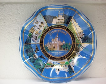 DISNEYLAND SOUVENIR DISH Ashtray Glass Candy Snack Server Ruffle Edge Vacation Walt Disney