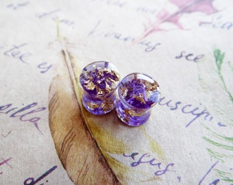 Resin plug earrings piercing purple moss gold gauges plugs and tunnels hypoallergenic ear gauges body jewelry organic botanical pastel goth