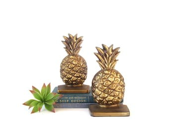 Brass  Pineapple Bookends/ Brass Plated/ Antique Gold Pineapples Book Ends/ Hollywood Regency/ Vintage Mid Century Library/ Pineapple Decor