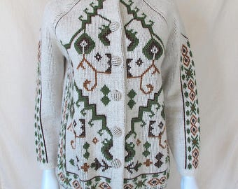 Vintage 60s/70s Norwegian Dutch Style Floral Cardigan Sweater
