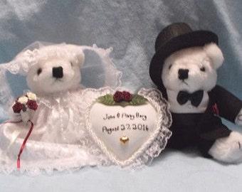 Wedding Gift Personalized / Wedding Gift Idea / Newlyweds Gift / Wedding Date Gift / Wedding Centerpiece/Teddy Bear Bride and Groom