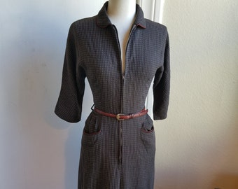 1950s Zip Front Wiggle Dress in Soft Brown Cotton