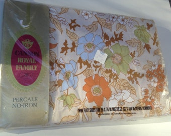 Vintage 60's/70's New Old Stock Twin Sheet /  GROOVY Cannon Royal Family Floral Twin Sheet / New in Package