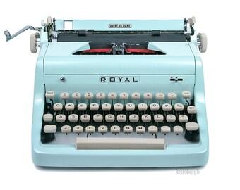 1955 Light Blue Royal Quiet De Luxe Typewriter, Professionally Serviced, Blue Typewriter, Royal Typewriter, Working Typewriter