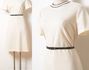 Mod Dress, 60s Dress, Vintage Ivory Dress, Mad Men Dress, 60s Ivory Dress, Vintage Cream Dress, 60s Shift Dress - M/L