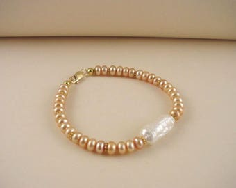 Freshwater Pearl Bracelet and Vermeil - White and Peach Cultured Pearl Bracelet - Hand Made Beaded Bracelet - Jewelry for Women