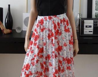 Jupe vintage blanche fleurs rouge/bleu taille 38 - uk 10 - uk 6