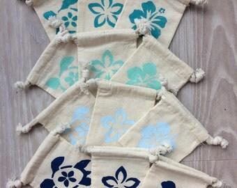 """10 Party favor bags, Hawaii themed gift bag, tropical party favor bag, 3""""x4"""" muslin gift bag, wedding favor bag, birthday favor bag"""