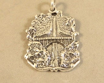 Sterling Silver MULTNOMAH FALLS Charm Pendant Oregon Columbia River Gorge Waterfall Troutdale Portland .925 Sterling Silver New tr133