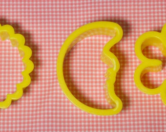 Three Pc. Man In The Moon Plastic Cookie Cutter Set