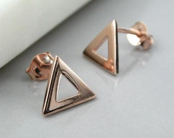 Triangle outline studs